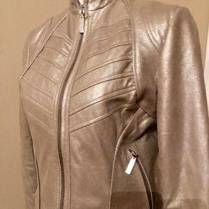 So sharp Bernardo Leather Gold Moto Jacket S P